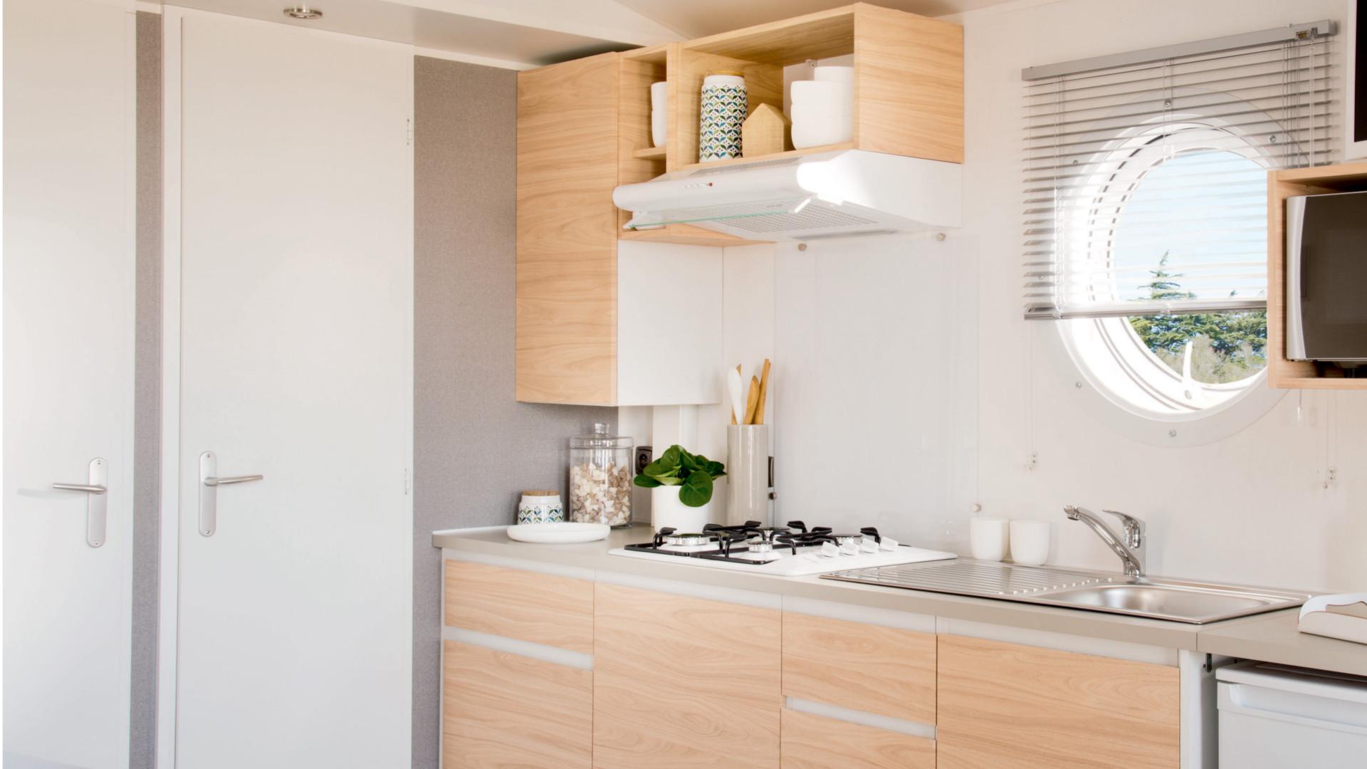 Cuisine du Mobile-home Omaha évier plaque de cuisson