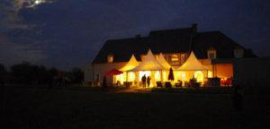 salle savana vue extérieur de nuit